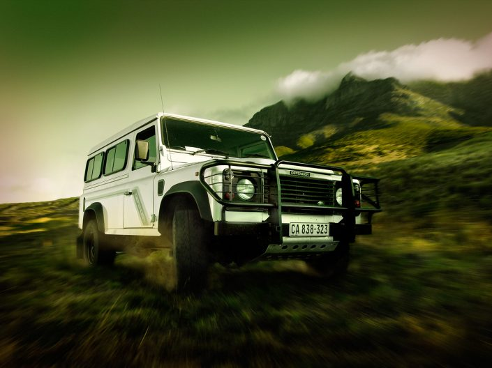car photographie defender Table Mountain South Africa